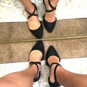 Forever 21   Pointed Toe Flats   Black